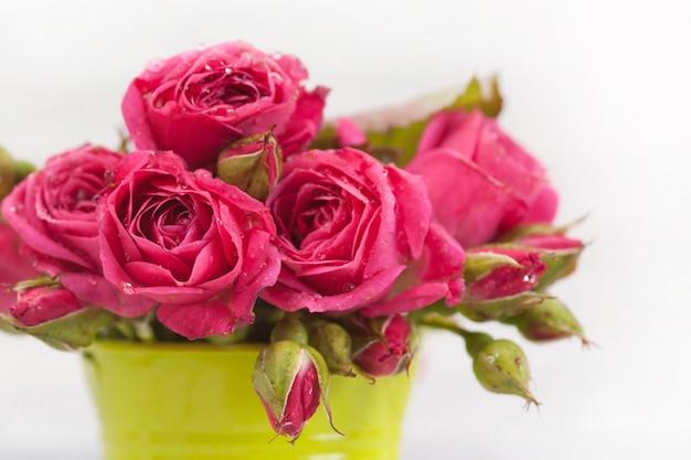 Bouquet di rose cremisi