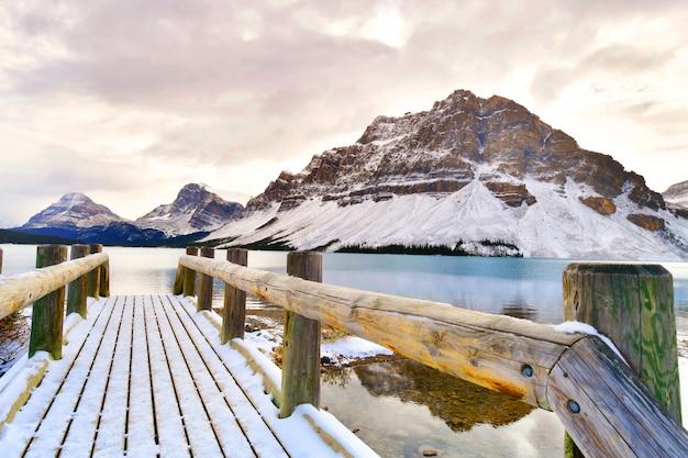 Bow lake, rocky mountains, banff, alberta, canada