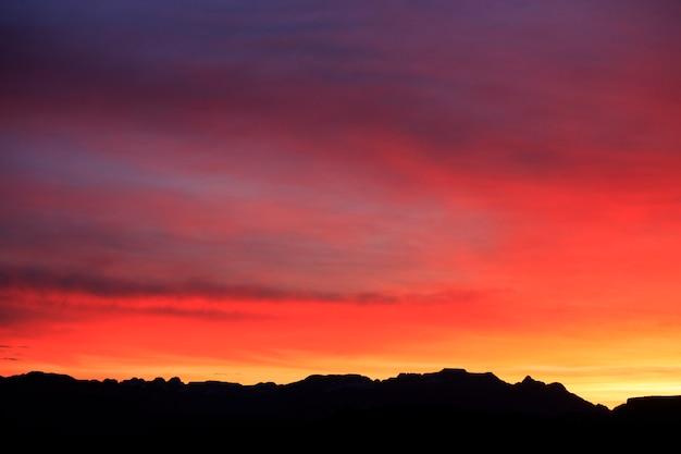 Brillante zion utah sunrise silhouette