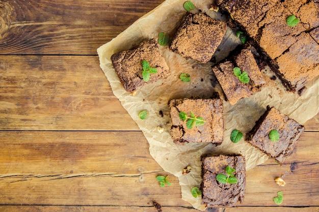 Brownie al cioccolato, messa a fuoco selettiva. cibo e bevande.