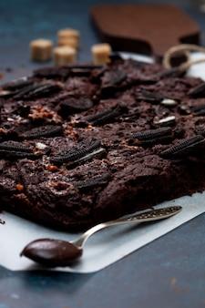 Brownie con biscotti oreo