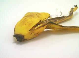 Buccia di banana, giallo