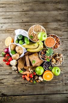Buon cibo ricco di fibre di carboidrati