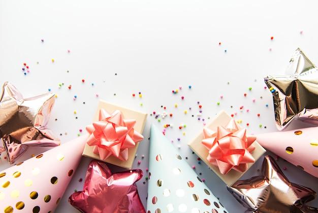 Buon compleanno o sfondo di una festa