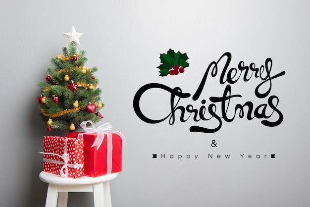 Buon natale e buon anno testo sul muro