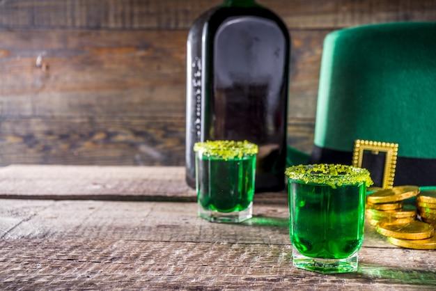 Buona fortuna leprechaun shot cocktail