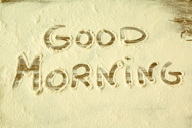 Buongiorno. parola scritta sulla farina