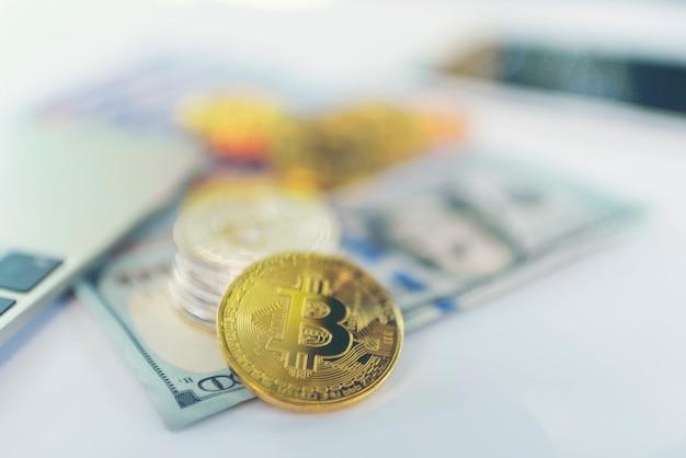 Business online con bitcoin, concetto di marketing online