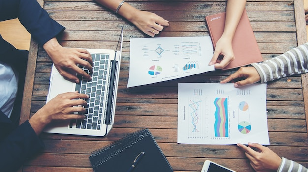 Business planning aziendale con grafico aziendale teamwork concept