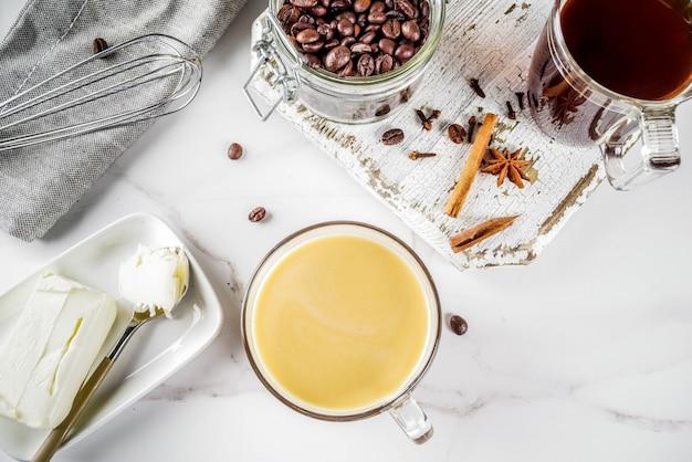 Caffè a prova di proiettile con burro