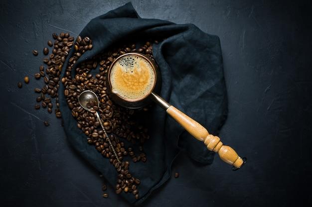 Caffè a turk, colazione.
