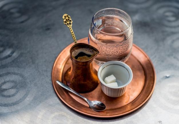Caffè bosniaco tradizionale
