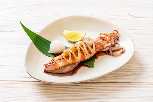 Calamari alla griglia con salsa teriyaki