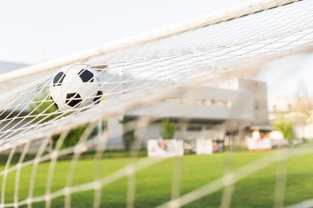 Calcio in porta