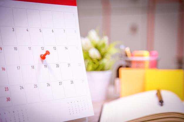 Calendar event planner è occupato.
