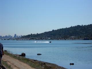 California, barca