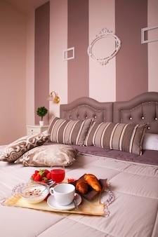 Camera da letto dell'hotel ares