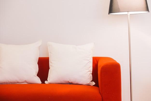 Camera divano moderno in legno immobiliare
