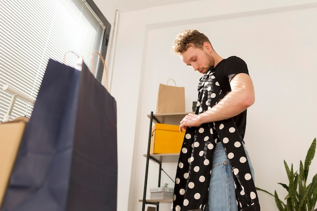Camicia uomo con puntini