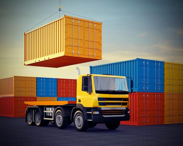 Camion arancione su sfondo di pila di container