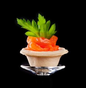 Canape con salmone affumicato