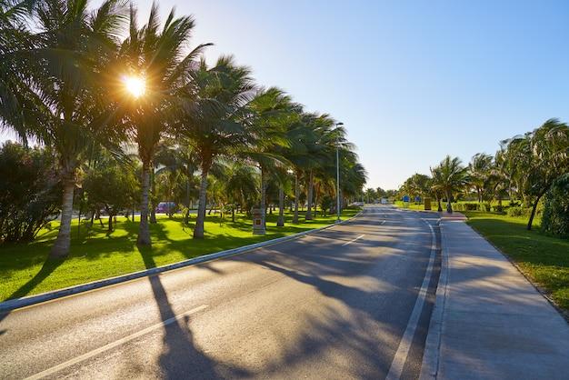 Cancun mexico kukulcan blvd messico