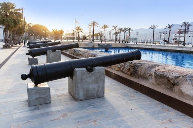 Cannone di cartagena porto del museo navale in spagna