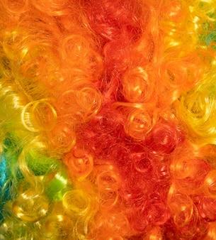 Capelli multicolori da vicino
