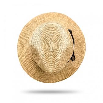 Cappello di paglia isolato su sfondo bianco. cappello stile panama con nastro nero.