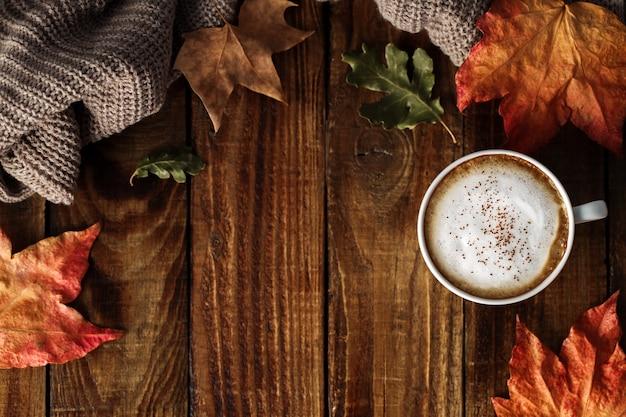 Cappuccino di caffè caldo