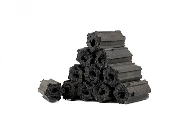 Carbone di legna naturale, polvere di carbone di bambù ha proprietà medicinali con carbone tradizionale