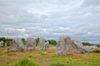 Carnac pietre hdr roccia