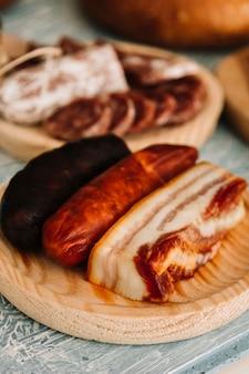 Carne affumicata e salsicce