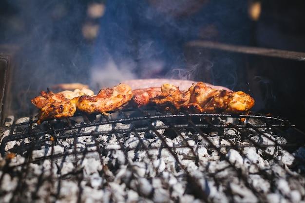 Carne alla griglia, barbecue