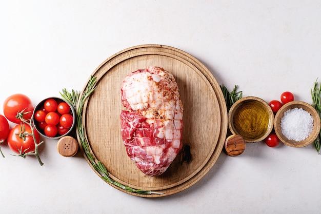 Carne suina cruda