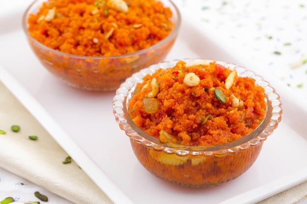Carota popolare indiana halwa dell'alimento dolce