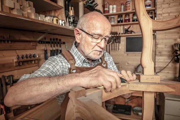 Carpenter al lavoro