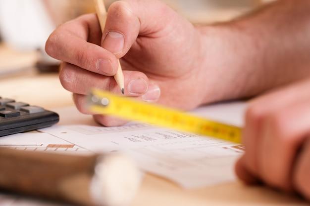 Carpenter pianifica il suo lavoro