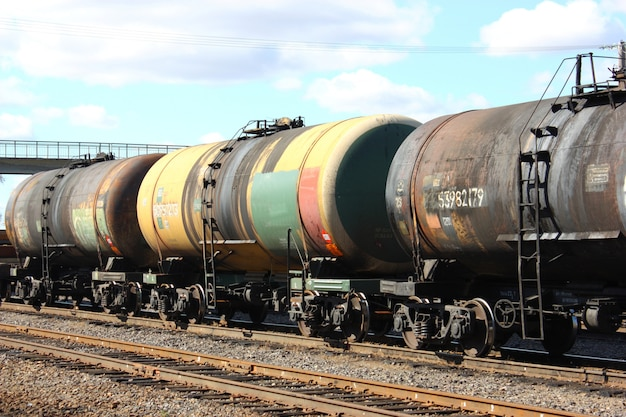 Carri cisterna ferroviari