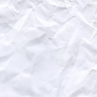Carta bianca accartocciata