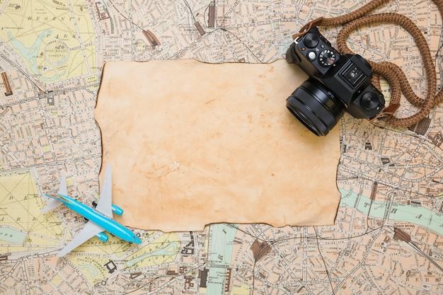 Carta d'epoca sulla mappa