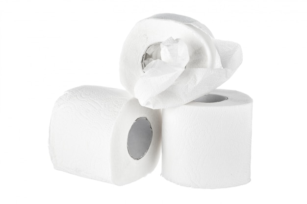 Carta igienica isolata su bianco