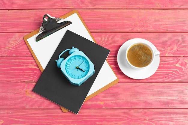 Carta per appunti e caffè