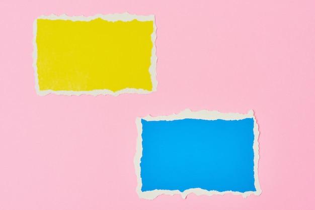 Carta strappata di colore giallo e blu
