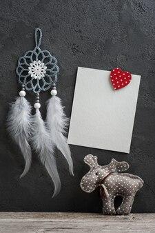 Carta vuota e decorazioni natalizie
