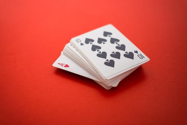 Carte da gioco isolate