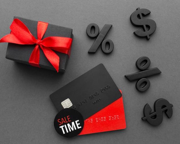 Carte di credito di vendita di cyber lunedì
