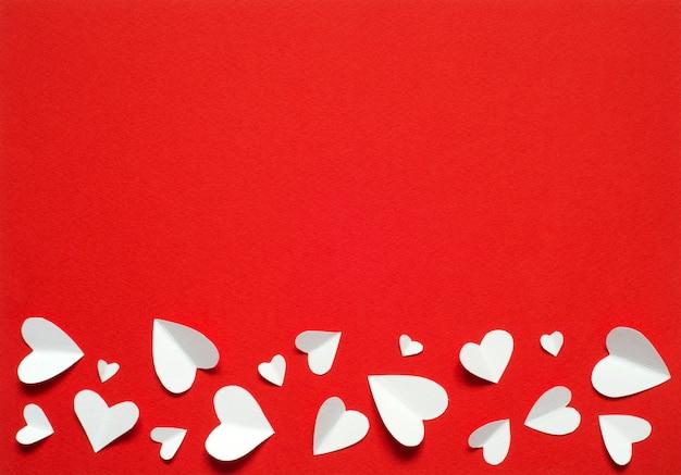 Cartolina di san valentino concetto di amore per la festa della mamma e il giorno di san valentino. vista dall'alto. copia spazio