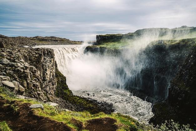Cascata di dettifoss nel nord-est dell'islanda