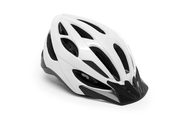 Casco da bicicletta bianco isolato su un tavolo bianco